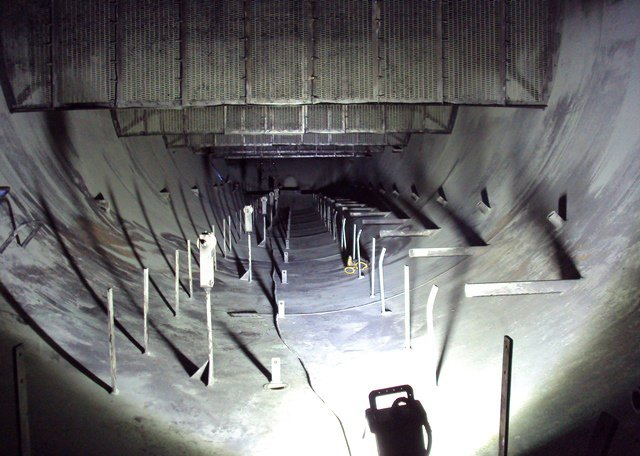 The BRICK, 9610 LED, Explosion Proof, Area Light, Refineries, Hazardous Location lighting, Hazloc, confined space, petrochemical, oil, KICK-IT TOUGH™ LED Safety lights, flow splitter