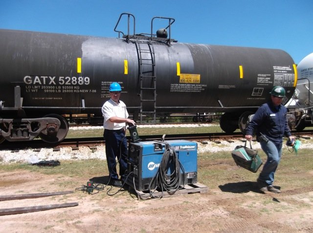 tankcleaning-railcar