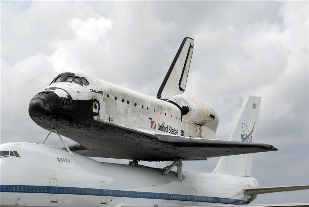 aircraft, aerospace, maintenance, space shuttle, discovery