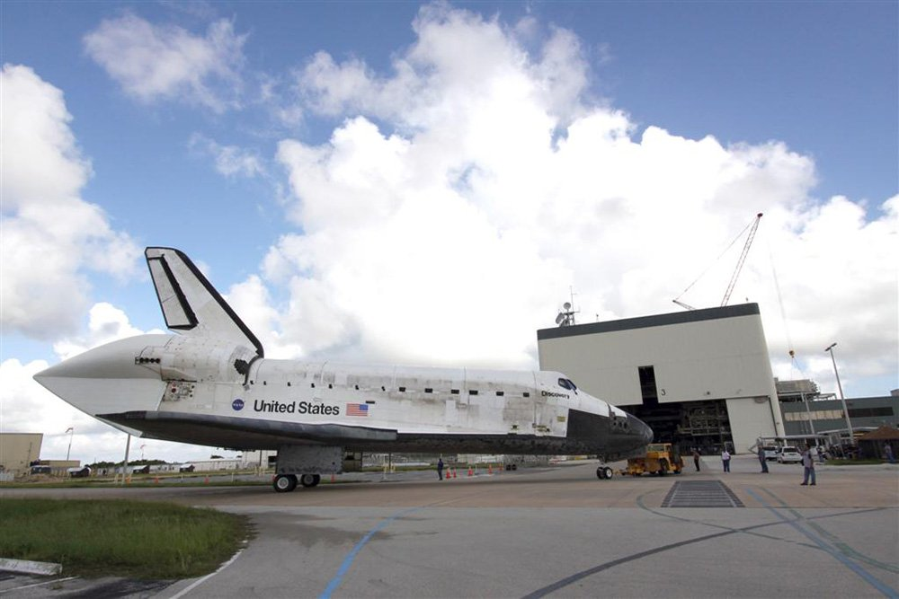 Space Shuttle heading into Hanger for Repairs & Maintenance