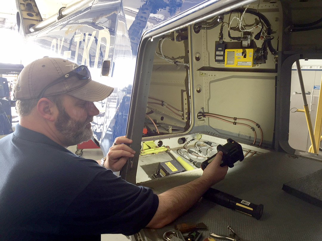 the BODYLight™ great tool for FOD inspection in Helicopter maintenance & manufacturing
