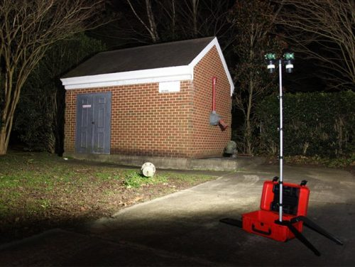 Air-Light® EX, air-light ex, battery-powered explosion-proof area light, in use, demo, outside, at night
